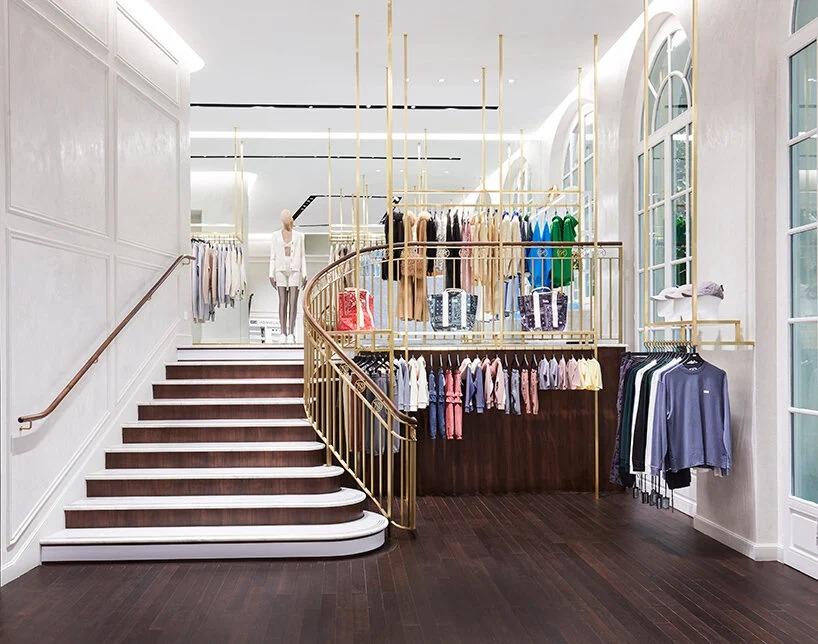 kith abre loja em paris de 3 andares
