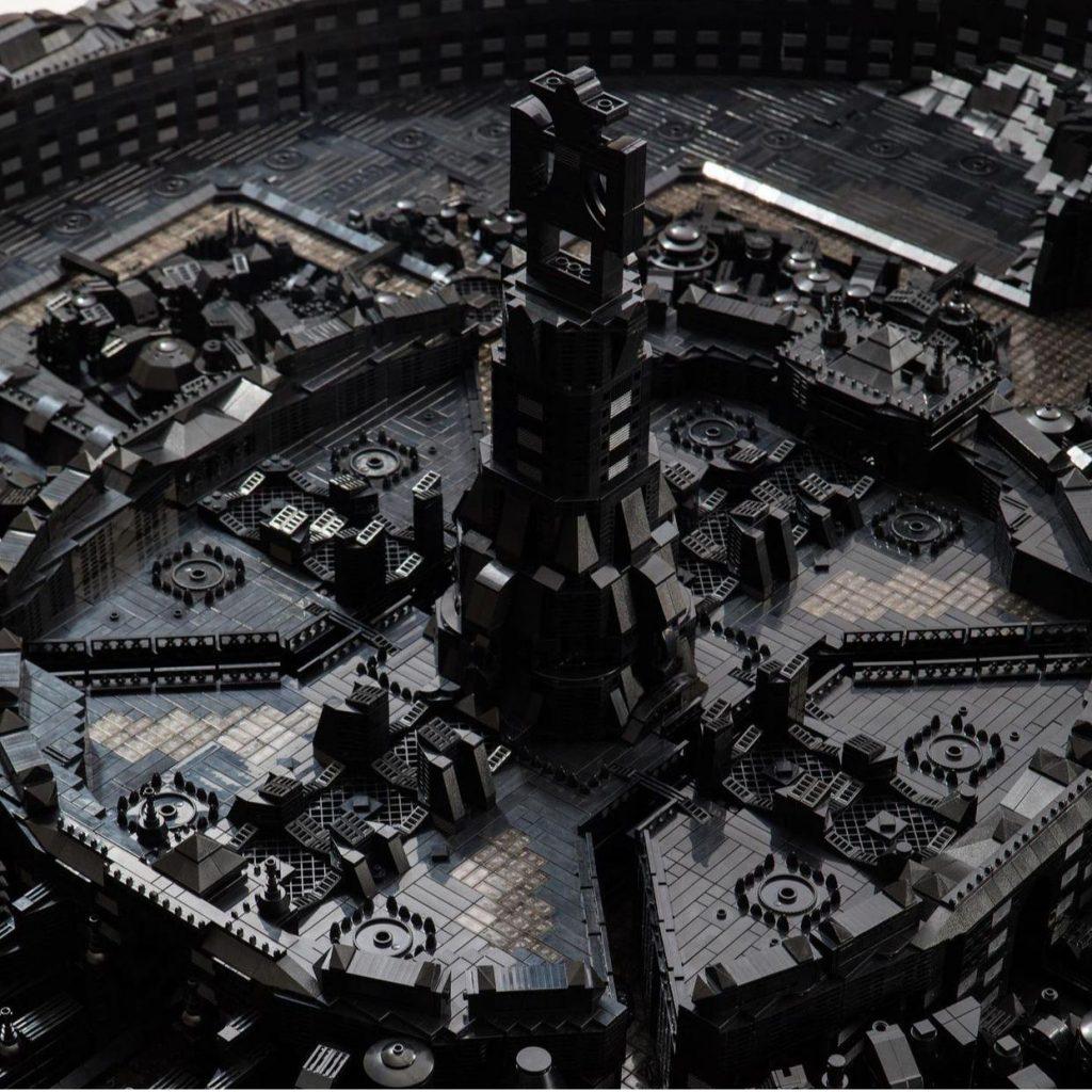 cidade de lego feita pelo artista ekow nimako para museu em illinois