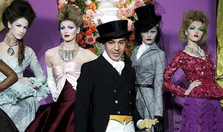 leilão de peças vintage Dior por John Galliano