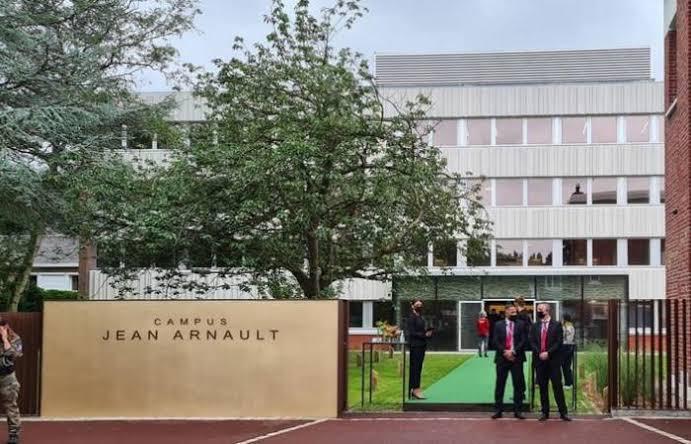 tudo sobre o novo jean arnault campus