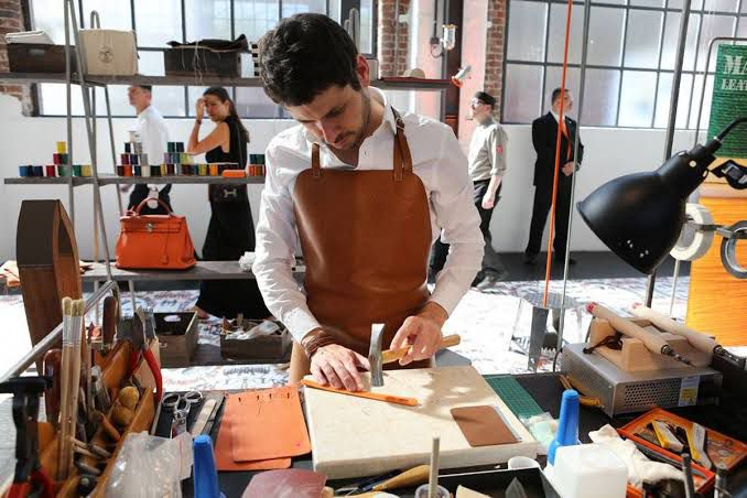 Hermès anuncia novo Centro de Formação na França!